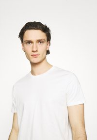 Burton Menswear London - 5 PACK - T-shirt - bas - multi - 5
