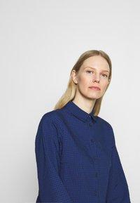 Marc O'Polo DENIM - DRESS BUTTON PLACKET - Shirt dress - scandinavian blue - 3