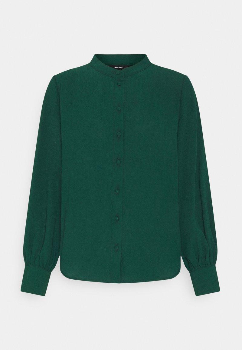 Vero Moda Petite - VMAYA PLEAT PETITE - Button-down blouse - pine grove
