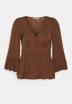 DRAPEY WITH SCALLOPED EDGES - Blouse - brown