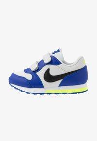 Nike Sportswear - MD RUNNER 2 - Sneakers laag - photon dust/black/hyper blue/volt - 1