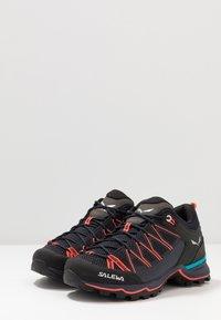 Salewa - MTN TRAINER LITE - Hiking shoes - premium navy/fluo coral - 2