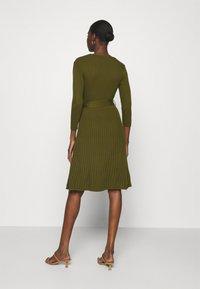 Dorothy Perkins - WRAP DRESS - Jumper dress - khaki - 2