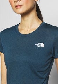 The North Face - WOMENS REAXION CREW - Basic T-shirt - blue wing teal heather - 4