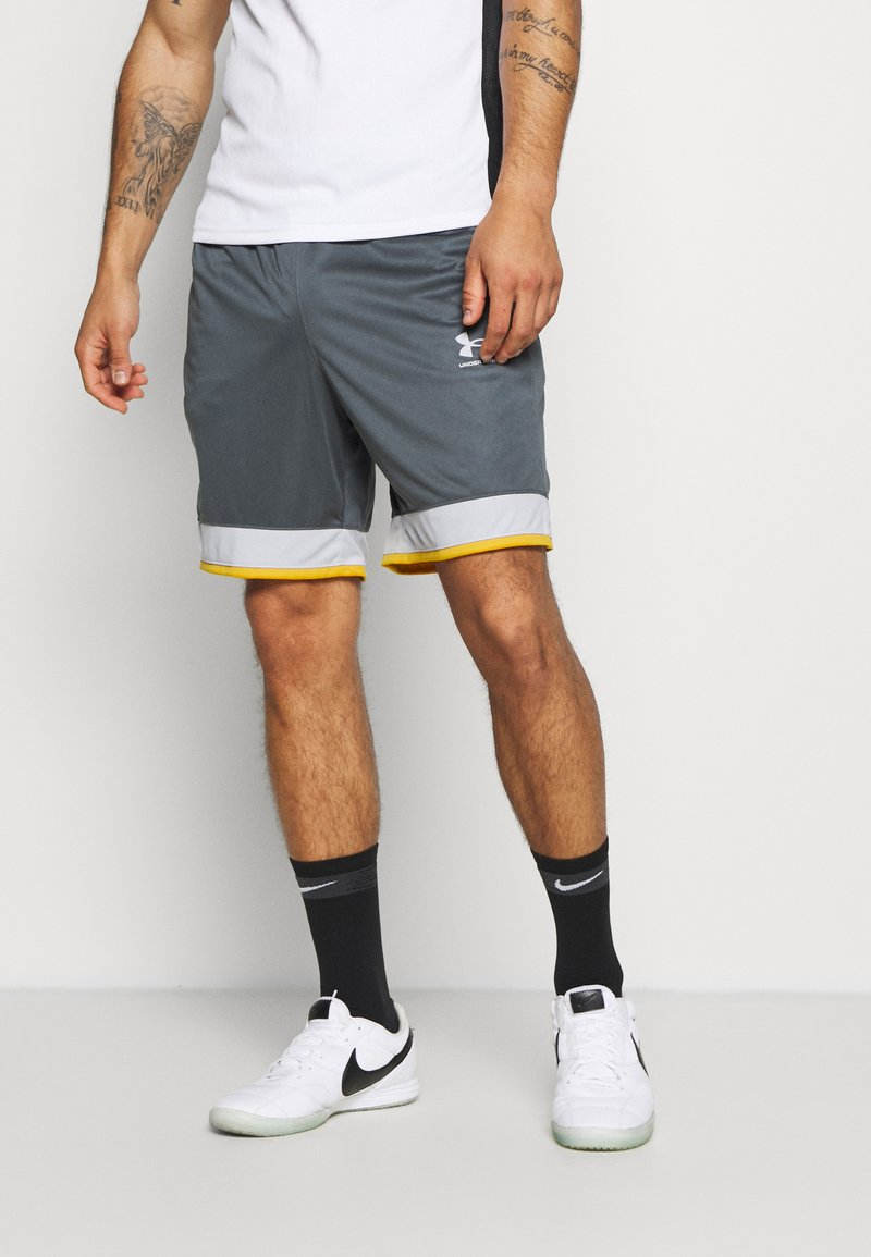 Under Armour - CHALLENGER SHORT - Sports shorts - pitch gray