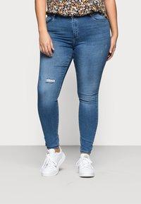 ONLY Carmakoma - CARLAOLA  - Jeans Skinny Fit - light blue denim - 0