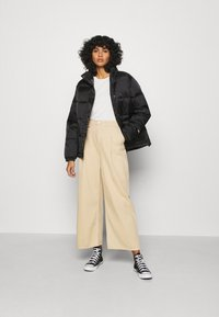 Obey Clothing - IRVING PUFFY COAT - Light jacket - black - 1