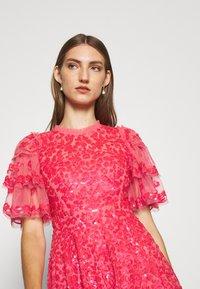 Needle & Thread - SEREN MINI DRESS - Koktejlové šaty/ šaty na párty - watermelon pink - 3