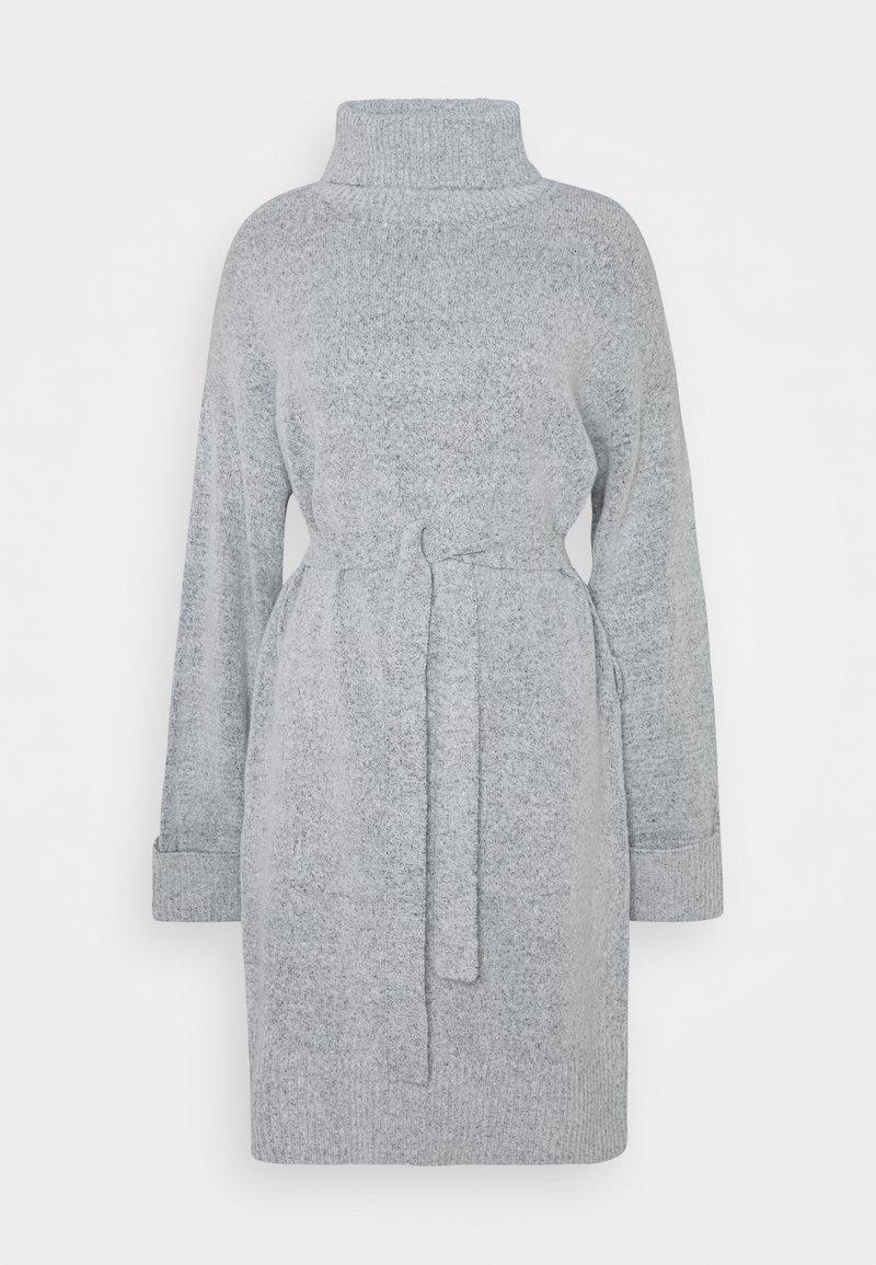 Vila - VIROLFIE TIE BELT DRESS - Pletené šaty - light grey melange