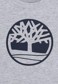 Timberland - LONG SLEEVE BABY - Top sdlouhým rukávem - chine grey - 2