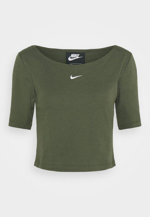 SCOOP - Basic T-shirt - cargo khaki/white