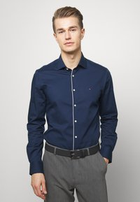 Tommy Hilfiger Tailored - PIPING CLASSIC SLIM  - Formal shirt - blue - 0