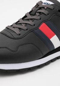 Tommy Jeans - LIFESTYLE  RUNNER - Trainers - black - 5