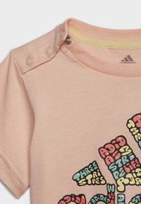 adidas Performance - LOGO T-SHIRT - T-shirt print - pink - 5