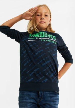 JONGENS MET NEONKLEURIGE OPDRUK - Print T-shirt - dark blue