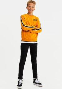 WE Fashion - BIKER - Jeans Skinny Fit - black - 1