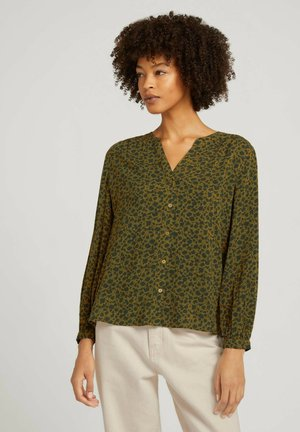 Blouse - green shades floral design