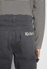 Kickers Classics - UTILITY TROUSER - Trousers - grey - 6