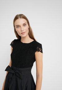 Lauren Ralph Lauren - MEMORY TAFFETA COCKTAIL DRESS - Vestido de cóctel - black - 5