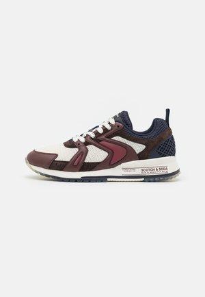 VIVEX  - Sneakers laag - bordo