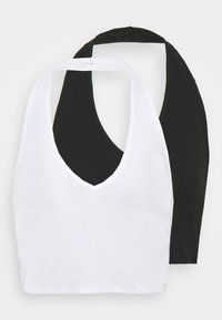 Glamorous - MAYA HALTER NECK CROP WITH OPEN BACK AND LOW V NECK 2 PACK - Top - black/white - 4