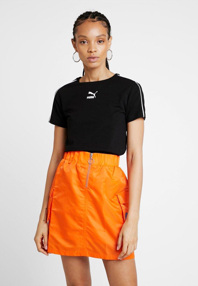 Puma - CLASSICS  - T-Shirt print - black