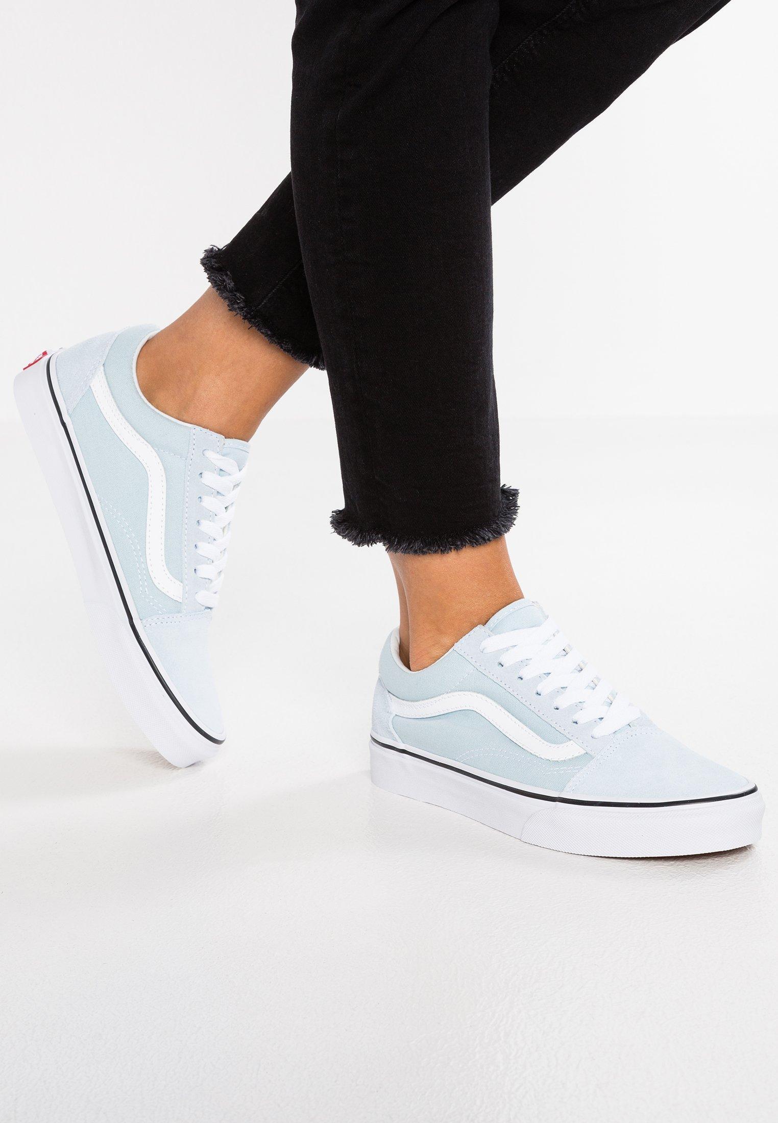 UA OLD SKOOL - Baskets basses - baby blue/true white