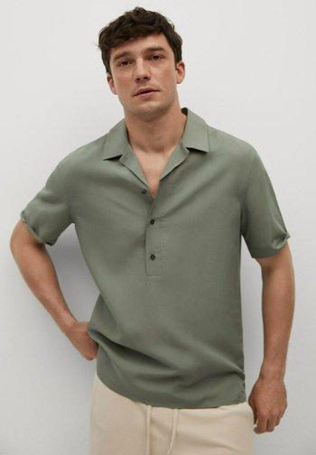 REGULAR FIT  - Camicia - grønn