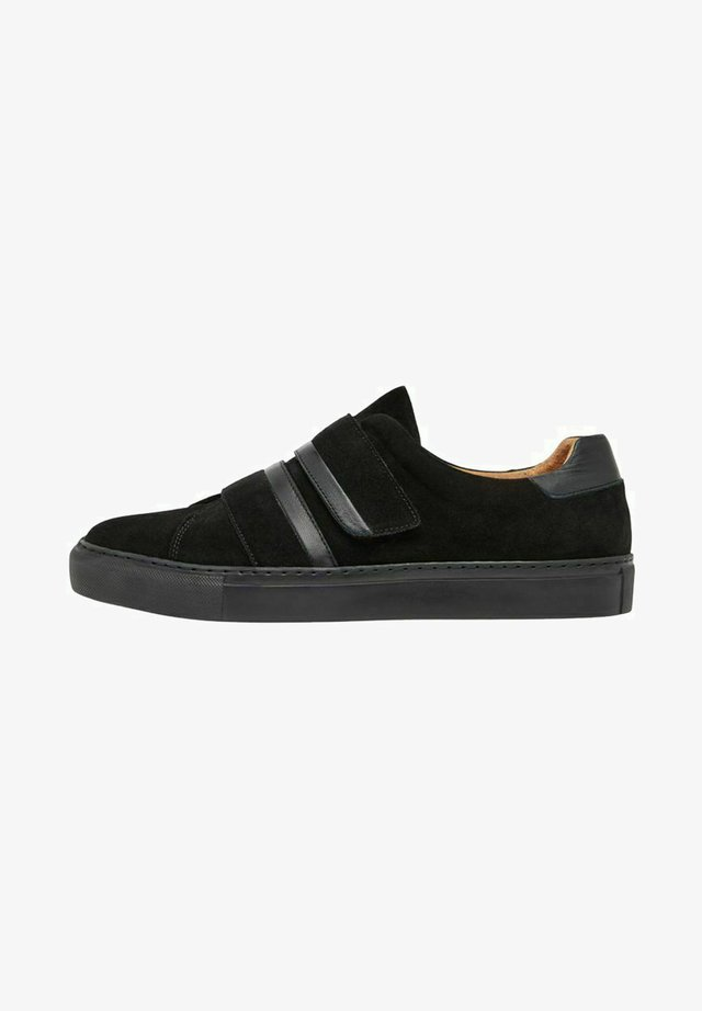 BIAAJAY - Baskets basses - black