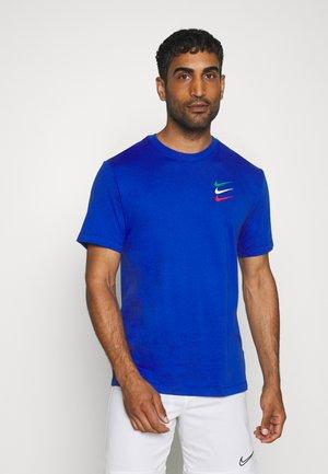 FC TEE - T-shirt med print - game royal