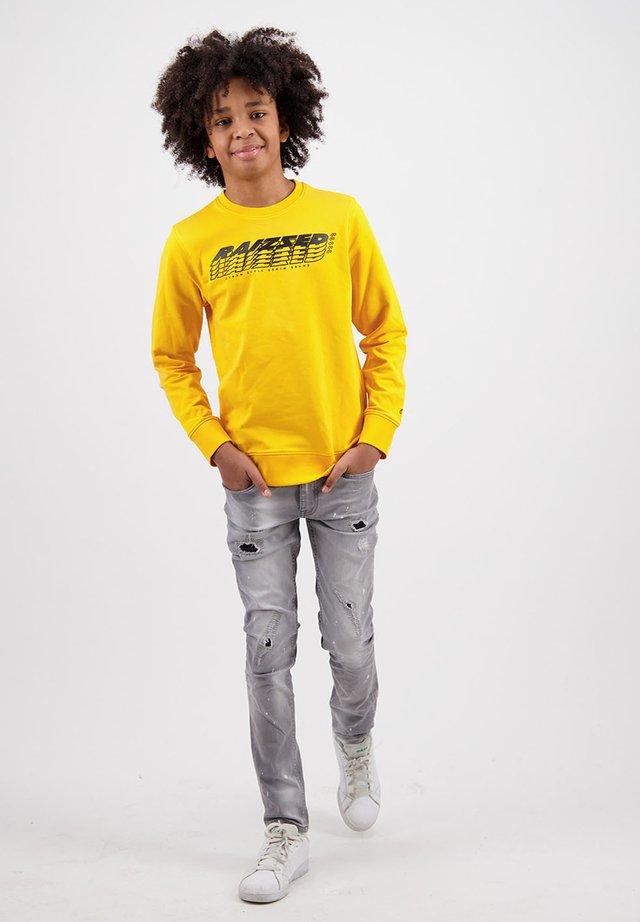 Sweater - moon yellow