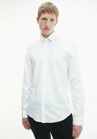 Calvin Klein - STRUCTURED - Formal shirt - white - 0