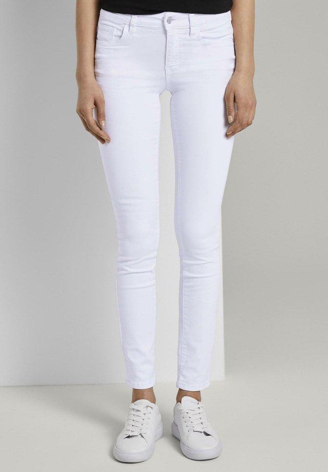 ALEXA  - Slim fit jeans - white denim
