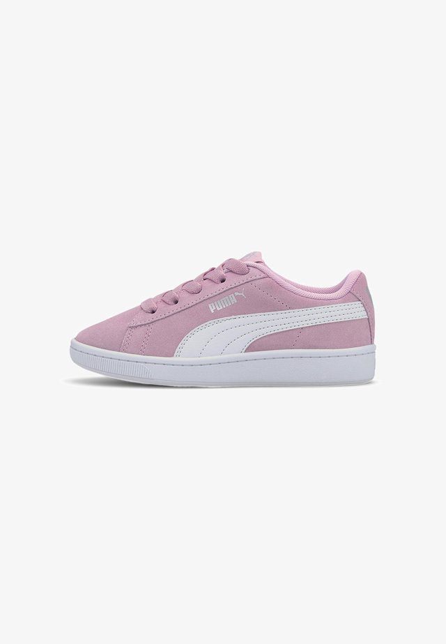 VIKKY V2 SUEDE - Sneakers - pale pink-puma white- silver