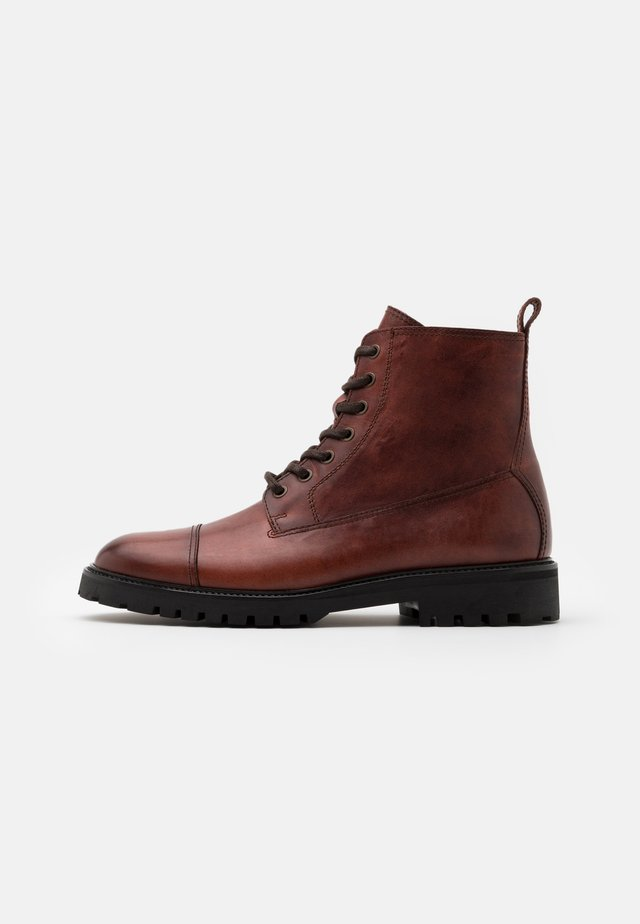 ALPERTON - Lace-up ankle boots - whiskey