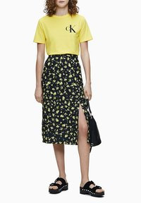 Calvin Klein Jeans - Print T-shirt - solar yellow - 1