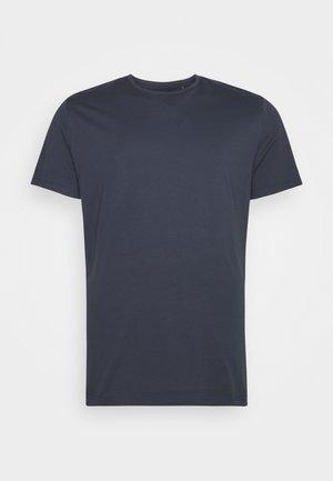ESSENTIAL LONGLINE SCOOP TEE - T-shirt basique - blue