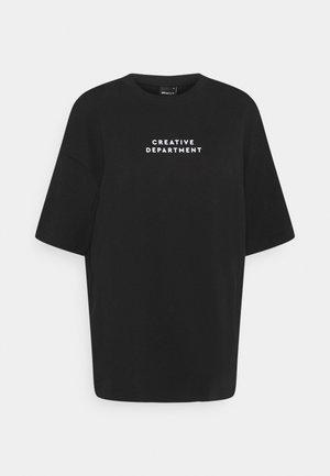NORMA TEE - Print T-shirt - black