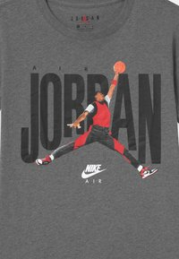 Jordan - CREW - Camiseta estampada - carbon heather