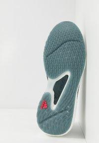 adidas Performance - ALPHATORSION BOOST - Zapatillas de running neutras - legacy blue/power pink/footwear white - 4