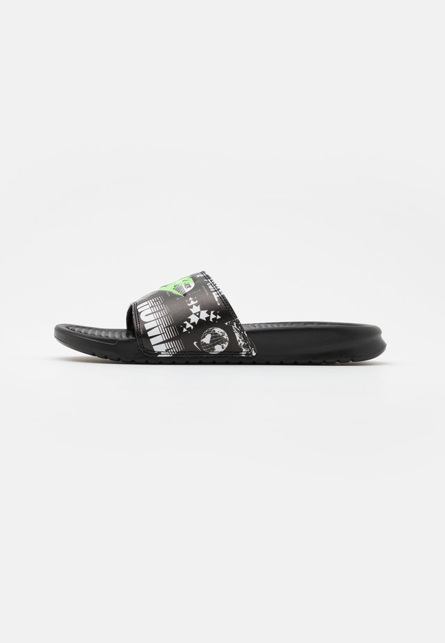BENASSI JDI PRINT UNISEX - Mules - black/green strike/black/white
