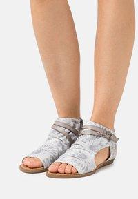 Blowfish Malibu - VEGAN BLUMOON - Ankle cuff sandals - smoke - 0