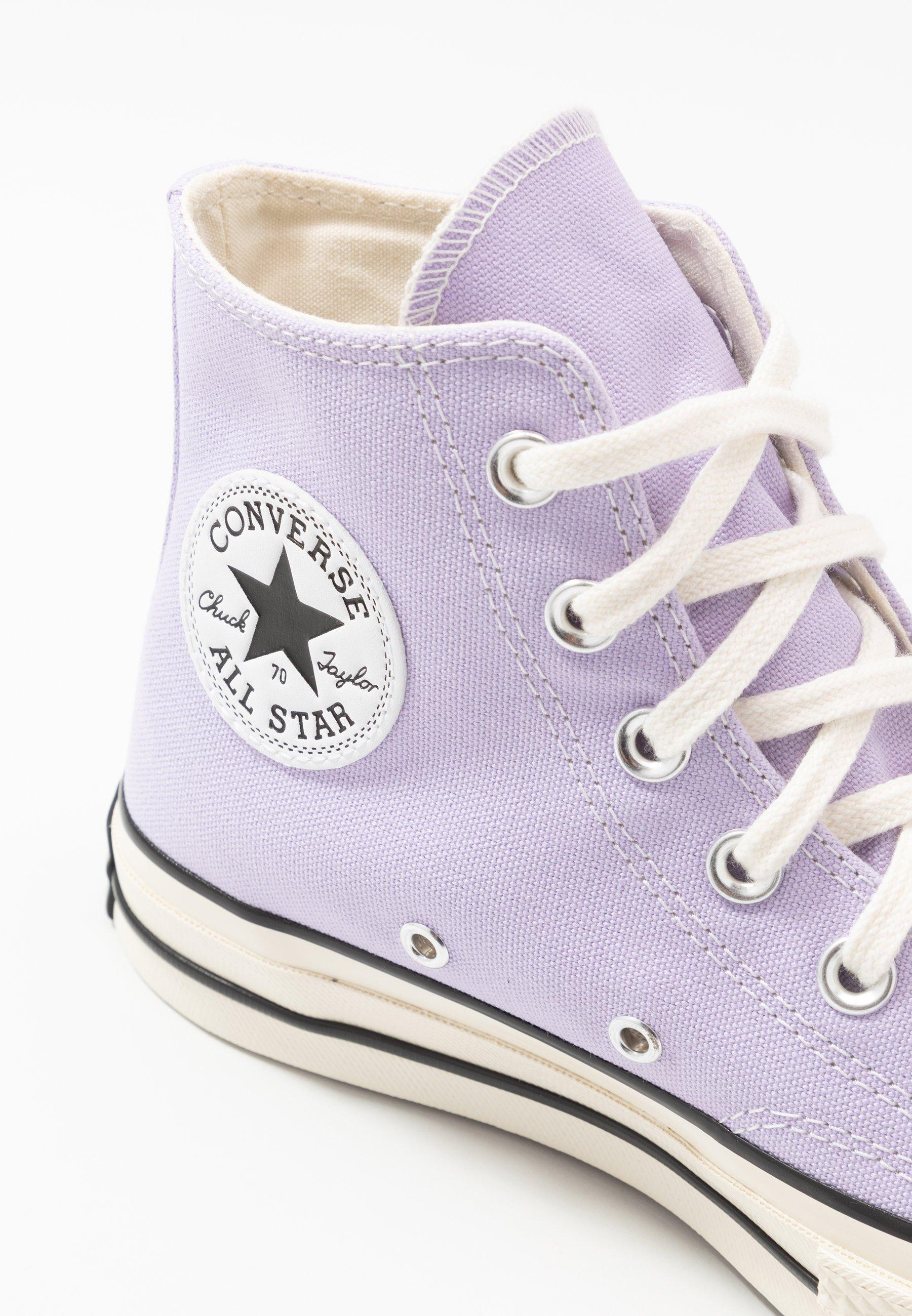 converse violette femme