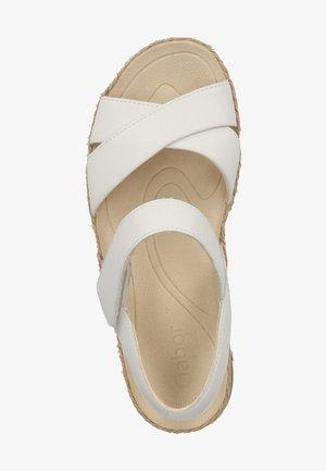 SANDALEN - Sandaler - white