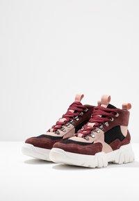 Bianco - BIACANARY HIKING  - Sneakersy wysokie - burgundy - 4
