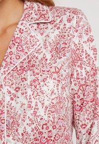 Lauren Ralph Lauren - CLASSIC NOTCH COLLAR SLEEPSHIRT - Noční košile - red - 5