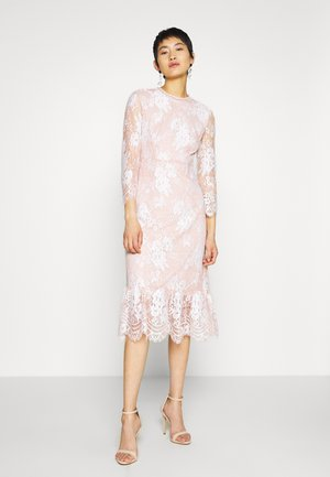 VIKRISA 3/4 MIDI DRESS - Cocktailkjole - rose smoke