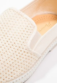 RIVIERAS - CLASSIC 20 - Nazouvací boty - beige - 5