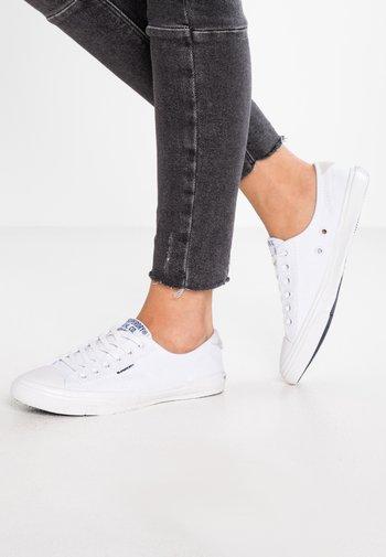 Sneakers laag - optic white