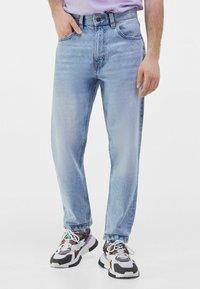 Bershka - STRAIGHT VINTAGE - Straight leg jeans - light blue - 0
